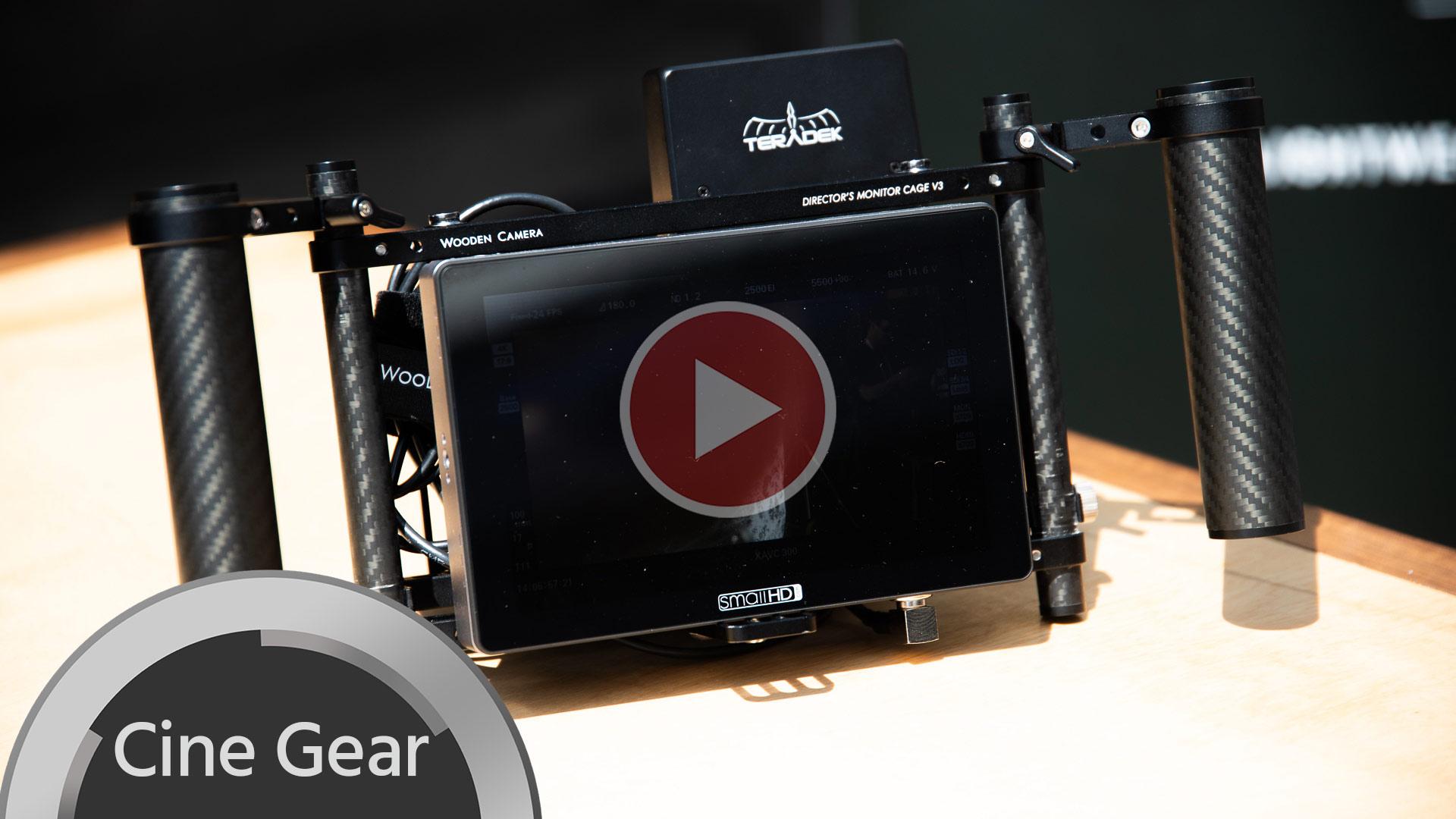 Armazón de Monitor de Director Cage V3 de Wooden Camera, en nuestras manos