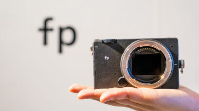 SIGMA fp – A Full Frame, yet Pocket-Sized Camera with Cine Mode