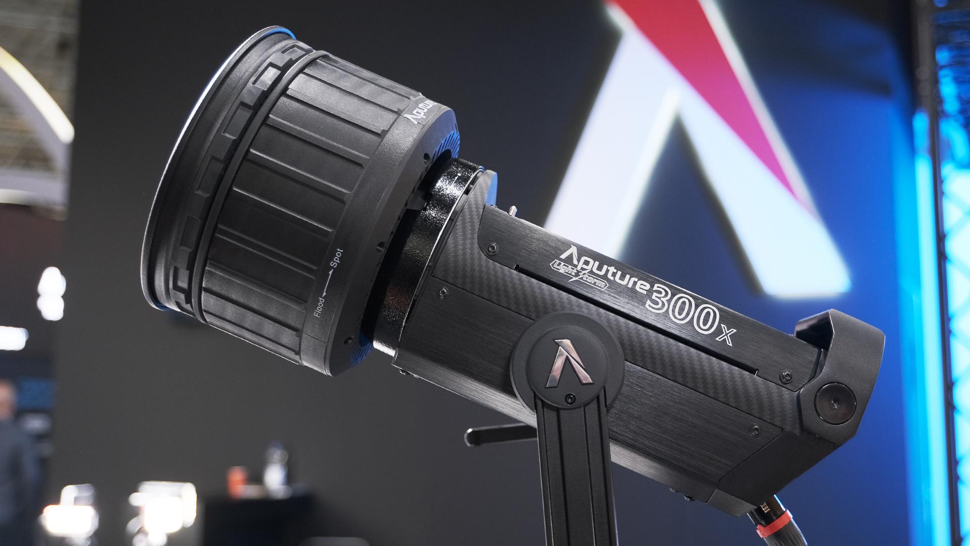 Aputure LS 300x - Luz LED bicolor COB simple