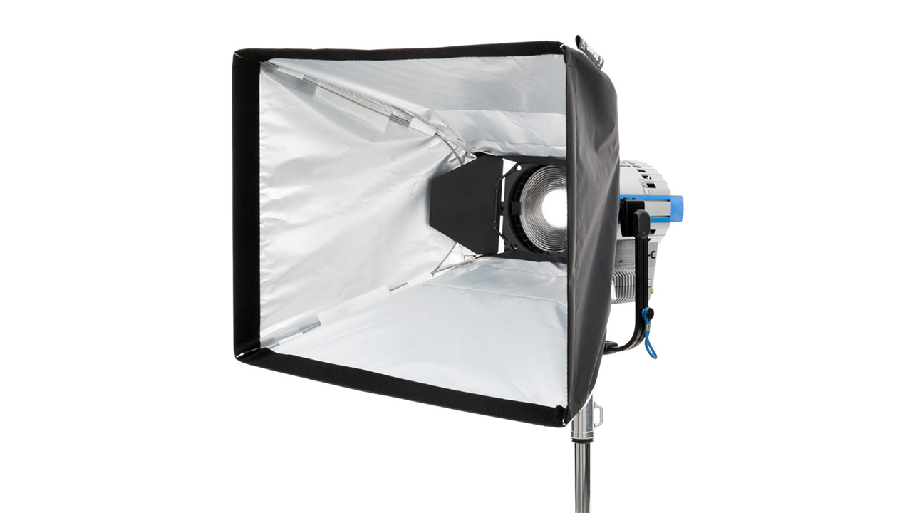 DoP Choice Universal SNAPBAG for Barndoors Announced