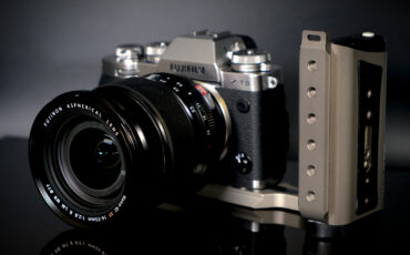 Blind Spot Gear Power Cage and Power Bracket - A Power Bank for Filmmakers