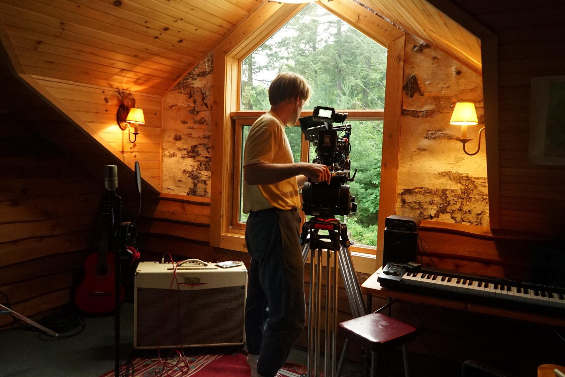 """Sundance 2020: Con el foco puesto en Robert Leitzell, director de fotografía de """"Black Bear"""""""