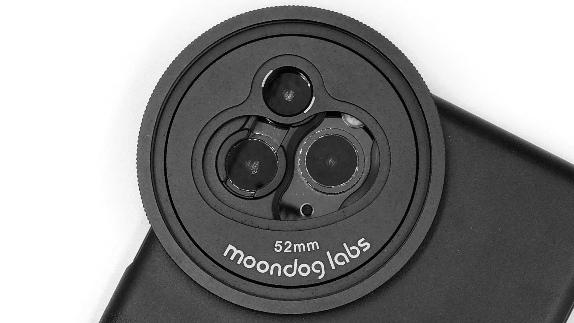 Montura de filtros multicámara de Moondog Labs para iPhone 11