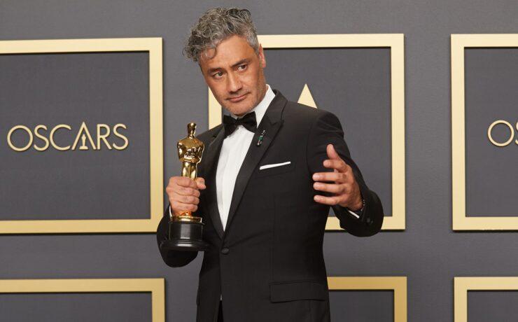 """Those Apple Keyboards are Horrendous"" –  Screenwriting Oscar Winner Slams MacBook Keyboards"
