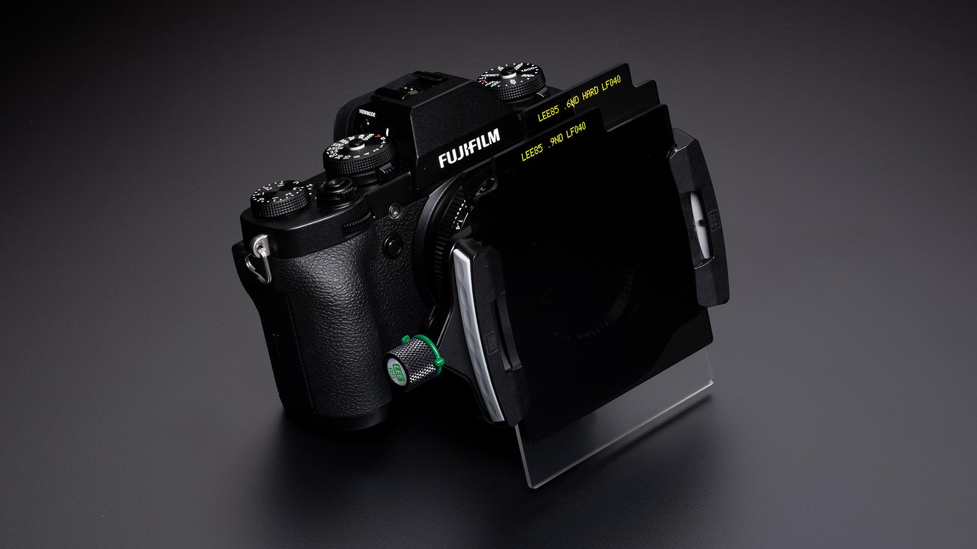 LEEがミラーレスカメラ用85フィルターシステムを発売