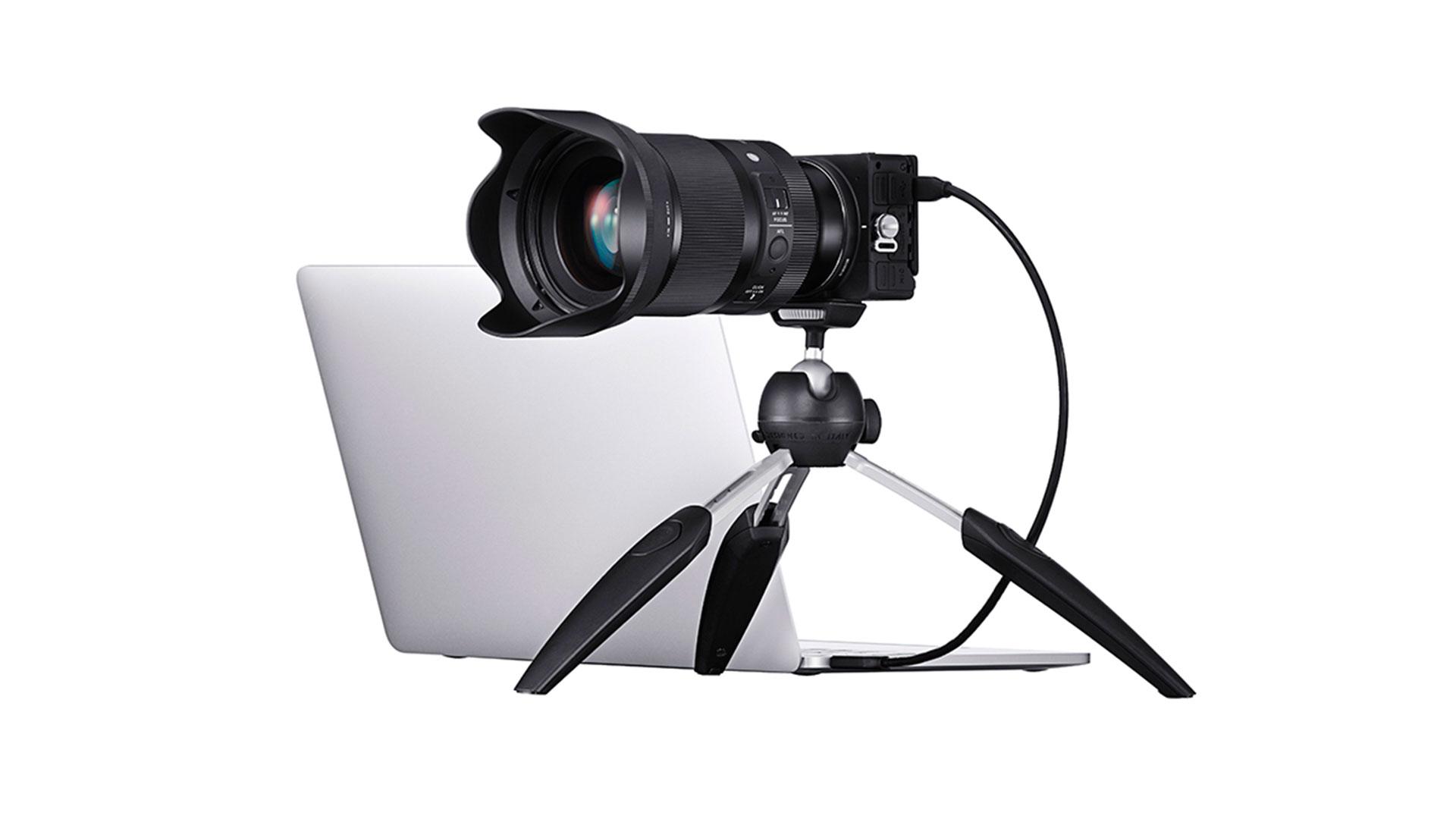 シグマfpカメラがWebカメラに