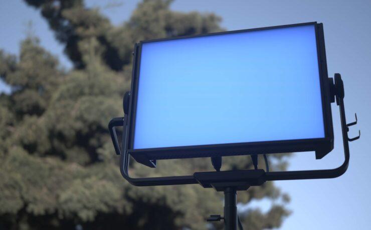 Aputure NOVA P300c LED Panel Review - A Sturdy and Affordable RGBWW Fixture