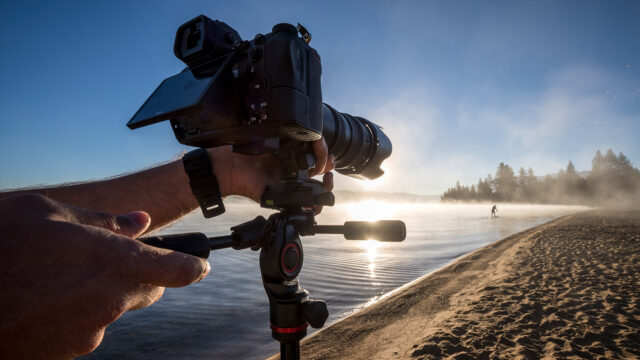 Shooting smart and easily at the beach with the compact Befree 3-Way Live Advanced from Manfrotto