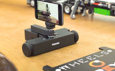 Introducing Trexo Wheels – A Tiny Tabletop Dolly with Motion Control Built-in