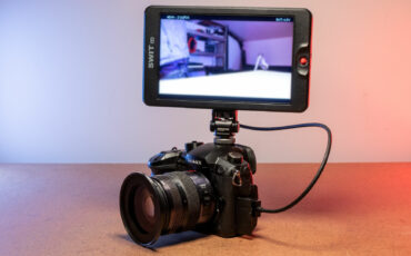 SWIT CM-S75F  On-Camera Monitor Review