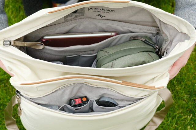The Peak Design Everyday Tote bag has lots of compartments for organizing (camera) accessories