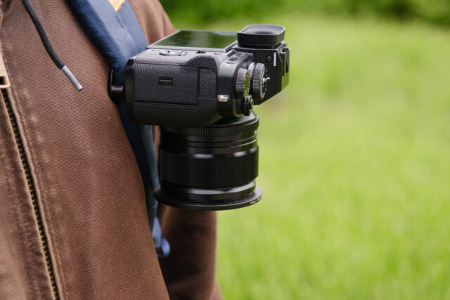 The Peak Design Capture Clip holds a FUJIFILM X-T4 camera for quick access