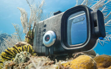 Most Useful Underwater Smartphone Housings on the Market in 2021
