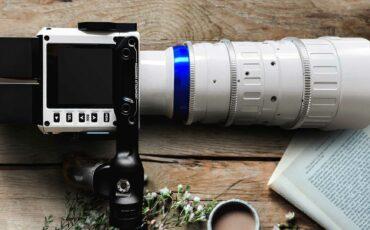Laowa OOOMとZero-D Cine Lenses for Red Komodoのピアノホワイトバージョンを発売