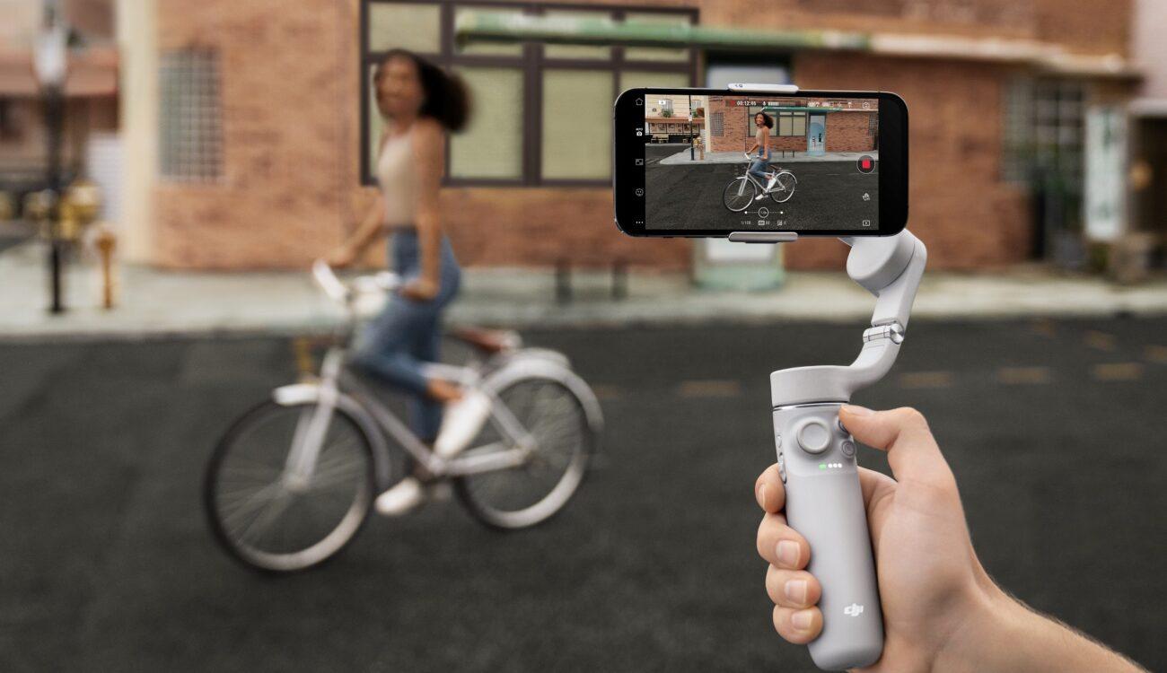 DJIがスマートフォン用ジンバル「OM 5」を発売