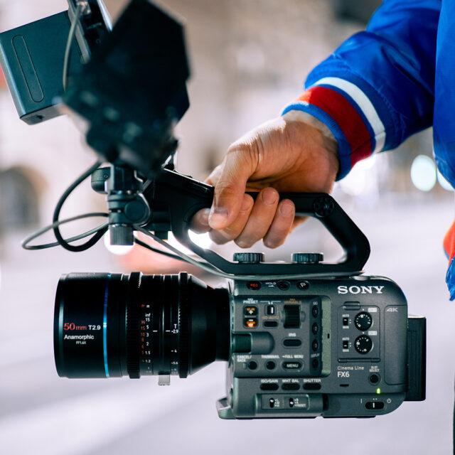SIRUI 50mm T2.9 1.6x Full-Frame Anamorphic Lens on Sony FX6